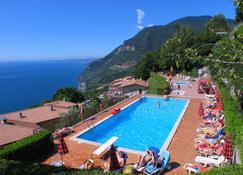 Hotel Residence La Rotonda - Tignale - Pool