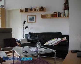 Ferienwohnung Dr. Vera Schmidt - Bannewitz - Wohnzimmer