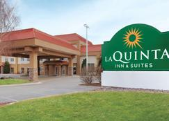 La Quinta Inn & Suites by Wyndham Pocatello - Pocatello - Κτίριο
