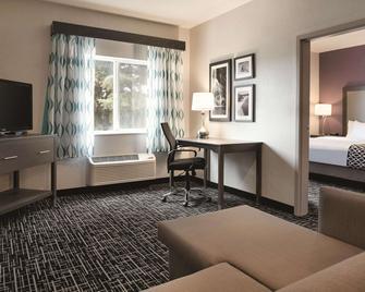 La Quinta Inn & Suites by Wyndham Pocatello - Pocatello - Sala de estar