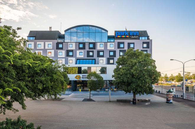 多瑙河公園旅館 - 布拉提斯拉瓦 - 布拉提斯拉瓦 - 建築