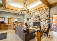 Quality Inn - Rock Springs - Living room