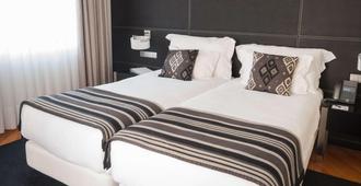 Hotel Inffinit - Vigo - Yatak Odası