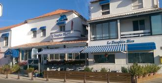 Hôtel Le Dauphin Bleu - Saintes-Maries-de-la-Mer - Bâtiment