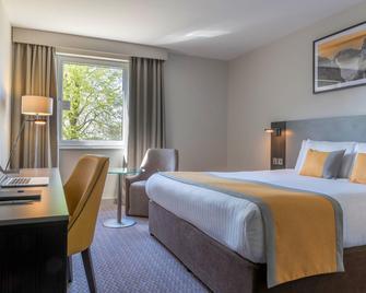 Maldron Hotel Belfast Airport - Crumlin - Bedroom