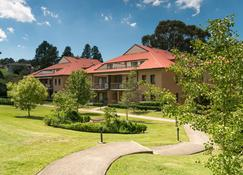 Leisure Inn Spires - Leura - Building