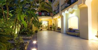 Hotel Negresco - Ischia - Vista del exterior