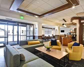 Hyatt Place Kansas City/Overland Park/Metcalf - Overland Park - Lounge
