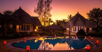 Kinondo Poa Resort - Diani Beach - Pool