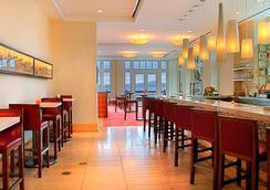 Intercontinental Hotels The Clement Monterey - Monterey - Bar