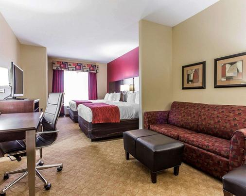 Comfort Suites - Stockbridge - Bedroom