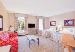 Hawthorn Suites by Wyndham Conyers - Conyers - Bedroom