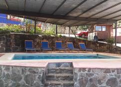 Hotel Casa Valle - Valle de Bravo - Pool