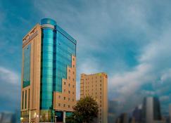 Kingsgate Hotel Doha by Millennium Hotels - Doha - Gebäude