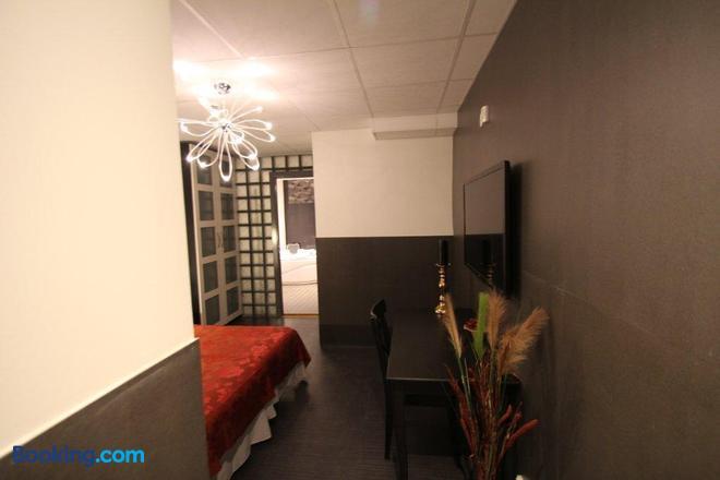 Stockholm Inn Hotel - Stockholm - Bedroom
