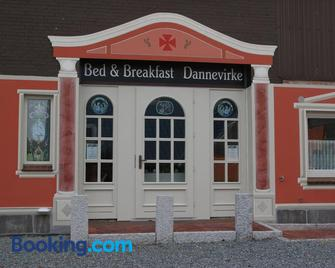 Bed and Breakfast Dannevirke - Owschlag - Edificio