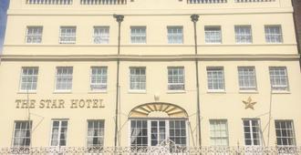 The Star Hotel - סאות'האמפטון - בניין