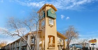 La Quinta Inn Albuquerque Northeast - Albuquerque - Building