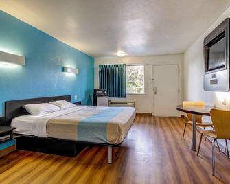 Motel 6 Waco - Lacy Lakeview - Bellmead - Slaapkamer