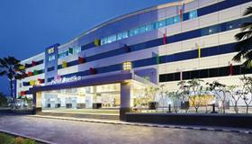 Hotel Santika Kelapa Gading - Jakarta - Building