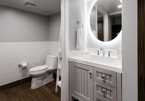 Banana Bay Resort & Marina - Marathon - Bathroom