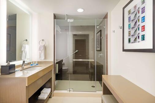 Hyatt House Denver Downtown - Denver - Phòng tắm