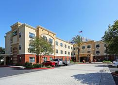Extended Stay America Orange County - Huntington Beach - Huntington Beach - Building