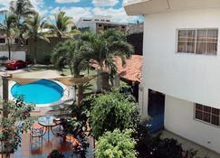 Hotel Santa Elena - San Salvador - Pool