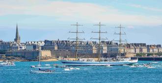 Mercure St Malo Front De Mer - Saint-Malo - Edificio