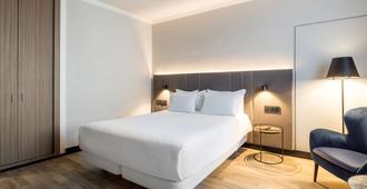 NH Luxembourg - Senningerberg - Bedroom