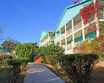Island Time Villas - Georgetown - Building