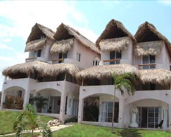 Hotel Playa Fandango - Crucecita - Edificio