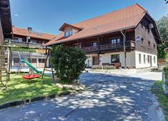 Ferienhof Guglhupf - Sankt Oswald - Edificio