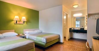 Motel 6 Tumwater Olympia - Tumwater - Bedroom