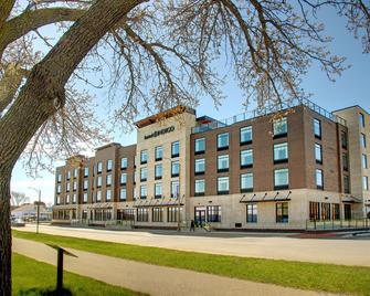 Hotel Indigo Traverse City - Traverse City - Building