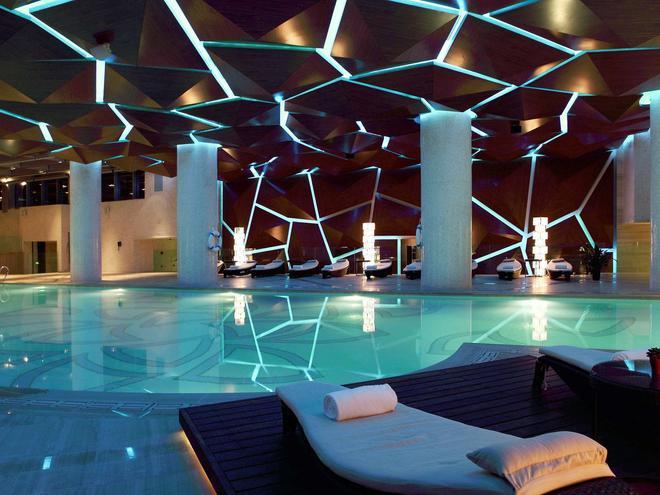 廣州聖豐索菲特大酒店 - 廣州 - 游泳池
