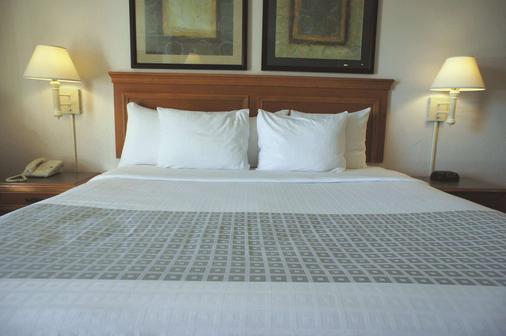 阿爾伯克爾基機場拉昆塔套房酒店 - 阿爾布奎克 - 阿爾伯克基 - 臥室