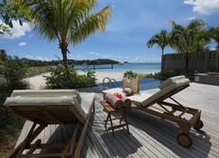 Ja Enchanted Waterfront Seychelles - Victoria - Patio