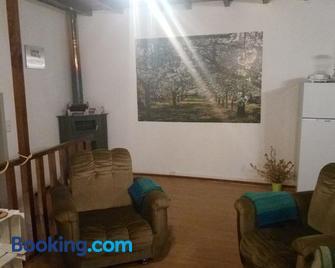 Casa Largo da Praça - Fundão - Living room