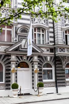 Opera Hotel - München - Rakennus