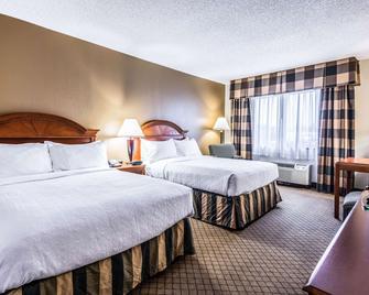 Quality Inn near Finger Lakes and Seneca Falls - Waterloo - Bedroom