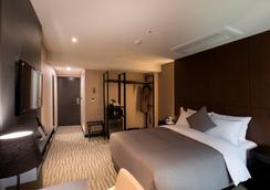 Hotel Foret Premier Nampo - Busan - Phòng ngủ