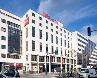 Ibis Paris Pantin Eglise - Пантен - Building