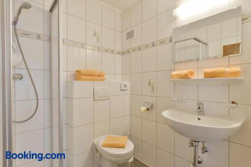 Gästehaus Knunbauer - Mayrhofen - Bathroom