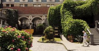 Hotel O. Galogre - Batumi