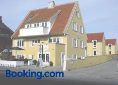 Hotel Strandvejen Rooms 5 - Skagen - Bâtiment