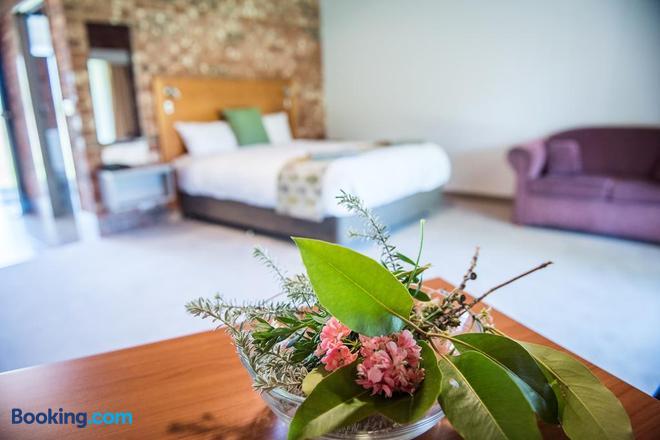 Cadell on the Murray Motel Resort - Moama - Bedroom