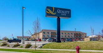 Quality Inn - Williston