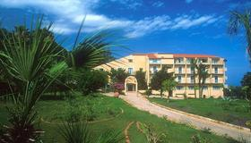 Hotel Alberi del Paradiso - Cefalù - Building