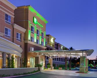 Holiday Inn Ontario Airport - Ontario - Building